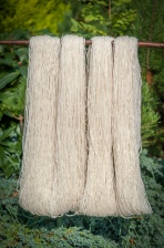 2ply Double knitting yarn Oatmeal